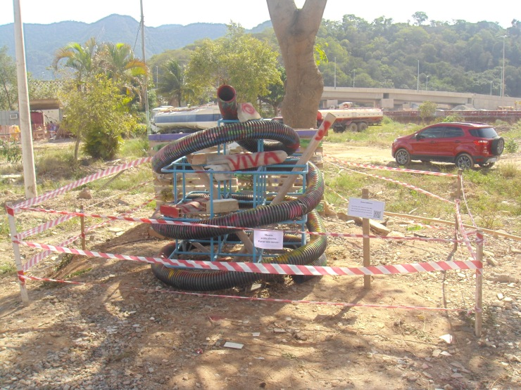 1 - Escultura - Parquinho (2)