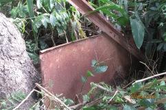 Ruína que restou do muro da casa de d. Denise na rua Jilles Villeneuv (2)